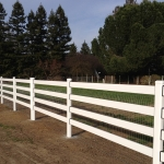 fence-line-4-rail-white-with-mesh